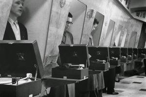 listening-to-records-at-store-1955